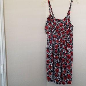 Torrid Dress Size 3 Red Flowers Black Print